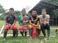 Vier van de vijf Project Yahuarcaca teamleden. Van links naar rechts Elkin, Martha en dochter Maria Fernanda, Ángel en Camila