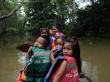 Kinderen tijdens een veldexcursie in het merengebied Yahuarcaca 2